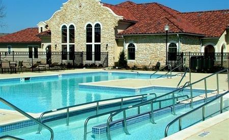 The Ravello Pool