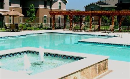 Rosemont at Ash Creek Pool