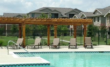 Rosemont at Mayfield Villas Pool