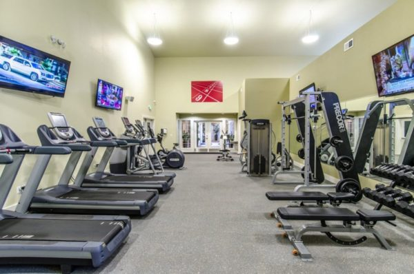 Signature Pointe Apartments Gym
